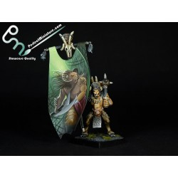 Beastmen Standard Bearer (1 miniature)