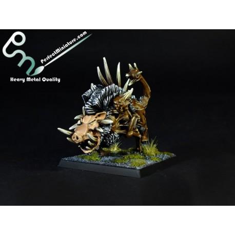 Beastmen Razorgor (1 figure)